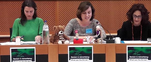 La concejala de Igualdad y Políticas Inclusivas, Isabel Lozano, ha presentado en Bruselas la campaña municipal de 'Juguetes para la Igualdad'.