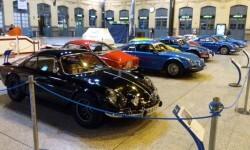 La estación de València Nord de Adif acoge una exhibición de automóviles 'Alpine A110' (2)