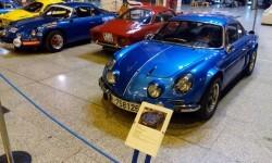 La estación de València Nord de Adif acoge una exhibición de automóviles 'Alpine A110' (3)