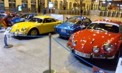 La estación de València Nord de Adif acoge una exhibición de automóviles 'Alpine A110' (4)