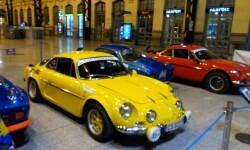La estación de València Nord de Adif acoge una exhibición de automóviles 'Alpine A110' (7)