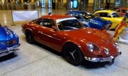 La estación de València Nord de Adif acoge una exhibición de automóviles 'Alpine A110' (8)
