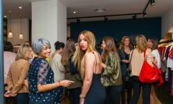 Las valencianas dan la bienvenida a BA&SH, la firma de moda que arrasa en París y que se instala en Sorní VALENCIA (13)