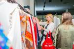 Las valencianas dan la bienvenida a BA&SH, la firma de moda que arrasa en París y que se instala en Sorní VALENCIA (16)