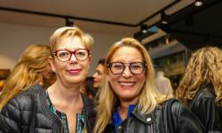 Las valencianas dan la bienvenida a BA&SH, la firma de moda que arrasa en París y que se instala en Sorní VALENCIA (24)