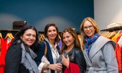 Las valencianas dan la bienvenida a BA&SH, la firma de moda que arrasa en París y que se instala en Sorní VALENCIA (35)