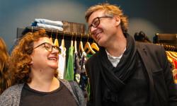 Las valencianas dan la bienvenida a BA&SH, la firma de moda que arrasa en París y que se instala en Sorní VALENCIA (44)