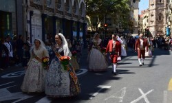 Ofrenda a Sant Vicent Ferrer, de los altares vicentinos al Patrón de la Comunitat Valenciana en Valencia (115)
