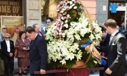Ofrenda a Sant Vicent Ferrer, de los altares vicentinos al Patrón de la Comunitat Valenciana en Valencia (17)