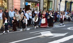 Ofrenda a Sant Vicent Ferrer, de los altares vicentinos al Patrón de la Comunitat Valenciana en Valencia (76)