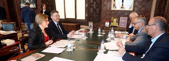 Puig en su reunión con María José Salvador.