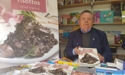 Rafael Marmol 52 fira del llibre de valencia 20170421_122354 (14)