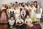 València celebra la fiesta del folklore con 'dansaes populars', música de 'tabal i dolçaina' y talleres temáticos.
