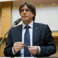 Carles Puigdemont inicia los pasos para convocar un referéndum unilateral.