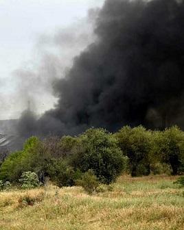 Columna de humo debido a las explosiones.