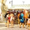 El Paseo Marítimo acogerá este verano un 37 por ciento más de puestos de venta al público.