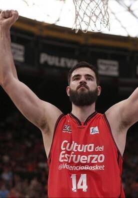 El Valencia Basket vence un partido que lo leva a semifinales.
