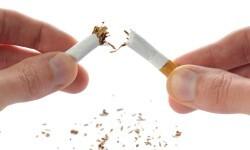 El número de fumadores habituales desciende en los últimos quince años más de 12 puntos porcentuales en la Comunitat.