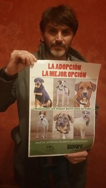 Fernando Tejero apoya Desfile perros AUPA-BIOPARC.