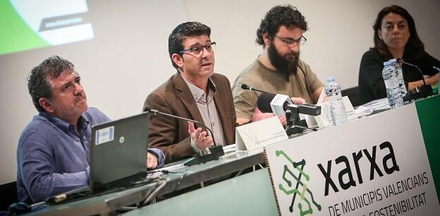 Jorge Rodríguez y Josep Bort durante un acto de la Xarxa de Municipis Valencians Cap a la Sostenibilitat.