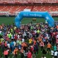La I Volta a Peu Fundación Valencia CF ofrece la llegada más espectacular en el Campo de Mestalla.