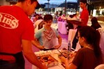 Las 10 parejas ganadoras del concurso mensual de Bonaire disfrutan de la cena romántica de Ribs.