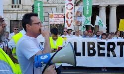 Por la libertad de enseñanza manifestación en Valencia de educación concertada con la supresión de conciertos 20170506_172849 (41)