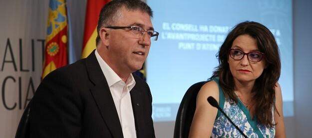 Rafael Climent y Mónica Oltra.