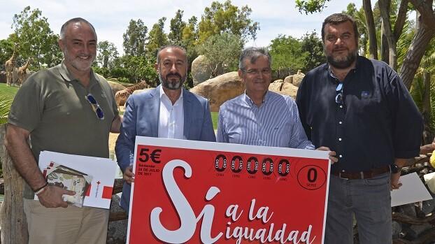 Representantes de Cruz Roja y Bioparc presentan la Ruta del Boleto