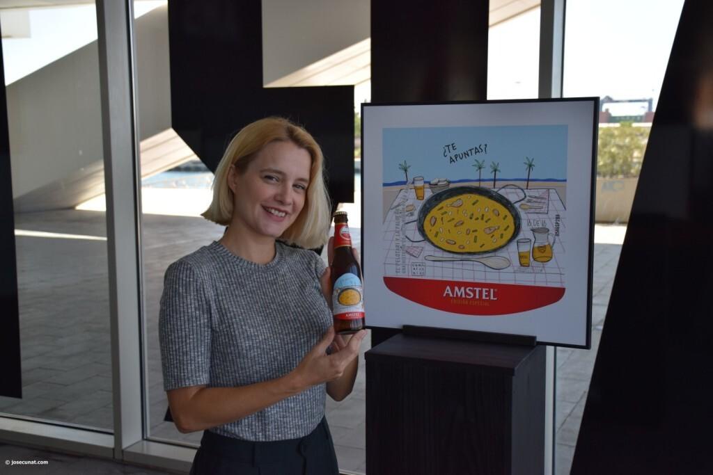 Valencia protagoniza la nueva Edición Especial de Amstel ilustradora valenciana Carla Fuentes y el gipuzcoano Iban Barrenetxea (57)