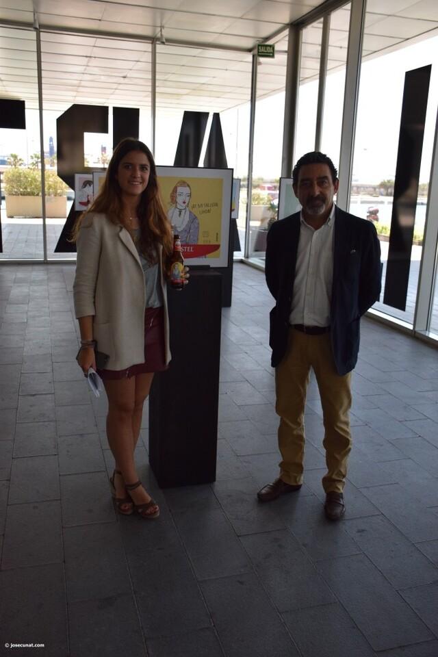 Valencia protagoniza la nueva Edición Especial de Amstel ilustradora valenciana Carla Fuentes y el gipuzcoano Iban Barrenetxea (68)