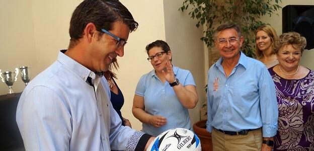 •El presidente, la vicepresidenta y la diputada de Deportes reciben a jugadores y jugadoras de los clubes representados en las selecciones valencianas que se han proclamado campeonas de España