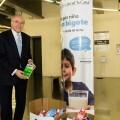 440 oficinas de CaixaBank en la Comunitat Valenciana se movilizan para facilitar el consumo de leche a familias desfavorecidas.