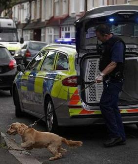 Ambos terroristas vivían en los suburbios de Londres.