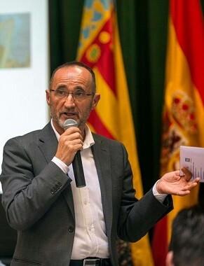 Barolomé Nofuentes- 'El nuevo programa pone en contacto a Administraciones Públicas y Universidades'.