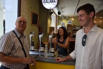 """Bierwinkel organitza amb els cerveceros valencians en tapineria """"Beer & clóchina's party"""" (103) (Small)"""