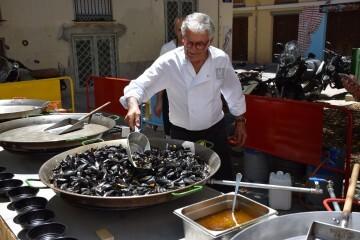 """Bierwinkel organitza amb els cerveceros valencians en tapineria """"Beer & clóchina's party"""" (156) (Small)"""