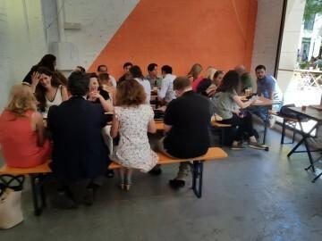 """Bierwinkel organitza amb els cerveceros valencians en tapineria """"Beer & clóchina's party"""" (59) (Small)"""