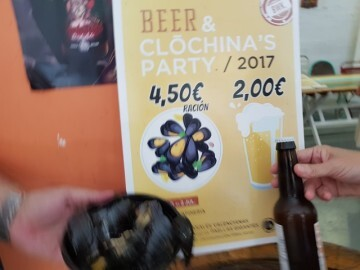 """Bierwinkel organitza amb els cerveceros valencians en tapineria """"Beer & clóchina's party"""" (63) (Small)"""