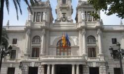 El Ayuntamiento comienza en Abastos la ronda de reuniones en las juntas de distrito para explicar al vecindario cuestiones de limpieza, partes y jardines. (Ayuntamiento de Valencia).