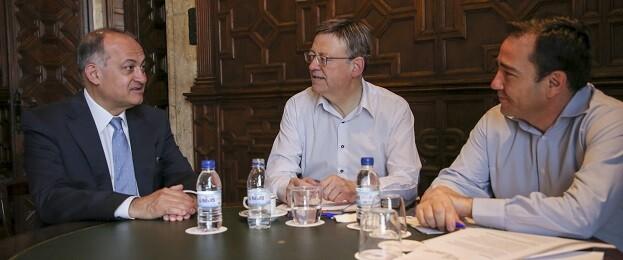 El President viaja este martes a Luxemburgo y Estrasburgo para reunirse con el presidente de la Comisión Europea y con el vicepresidente del Banco Europeo de Inversiones.