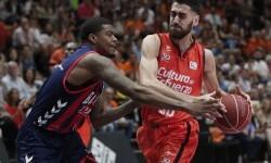 El Valencia Basket vence al Baskonia (75-69).
