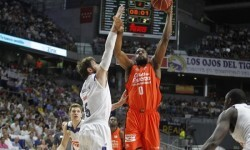 El Valencia Basket vence al Real Madrid (79-86).