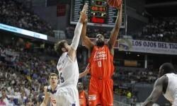 El Valencia Basket vence al Real Madrid (79-86).