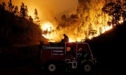 El jefe de los bomberos portugueses cree que el incendio fue provocado.
