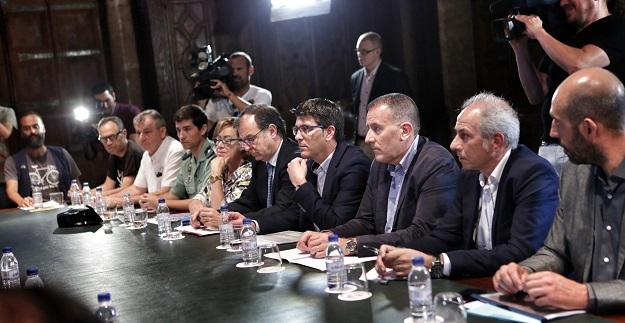 El presidente, Jorge Rodríguez, y el diputado de Carreteras, Pablo Seguí, participan en la reunión convocada por Ximo Puig.