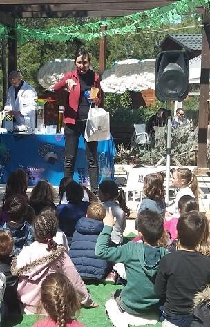 Esta iniciativa se lleva a cabo en los centros educativos de los municipios de la Comunidad Valenciana en los que opera la compañía.