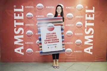 Estas Hogueras, Amstel invita a recuperar la costumbre de ir a El Postiguet como marca la tradición amst (5)