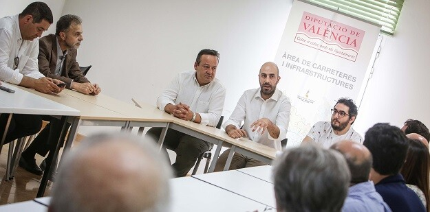 •La solución propuesta por el diputado de Carreteras, Pablo Seguí, y consensuada con los Ayuntamientos de Valencia, Moncada, Rocafort y Godella, evitará el paso de 9.000 vehículos diarios