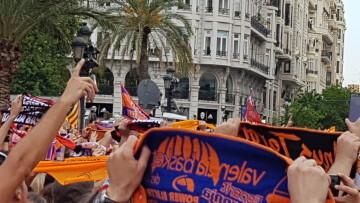 Valencia Basket celebró con su afición el primer título de la Liga Endesa (14)